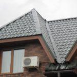 конек простой на крыше